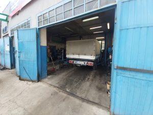 naprawa aut dostawczych
